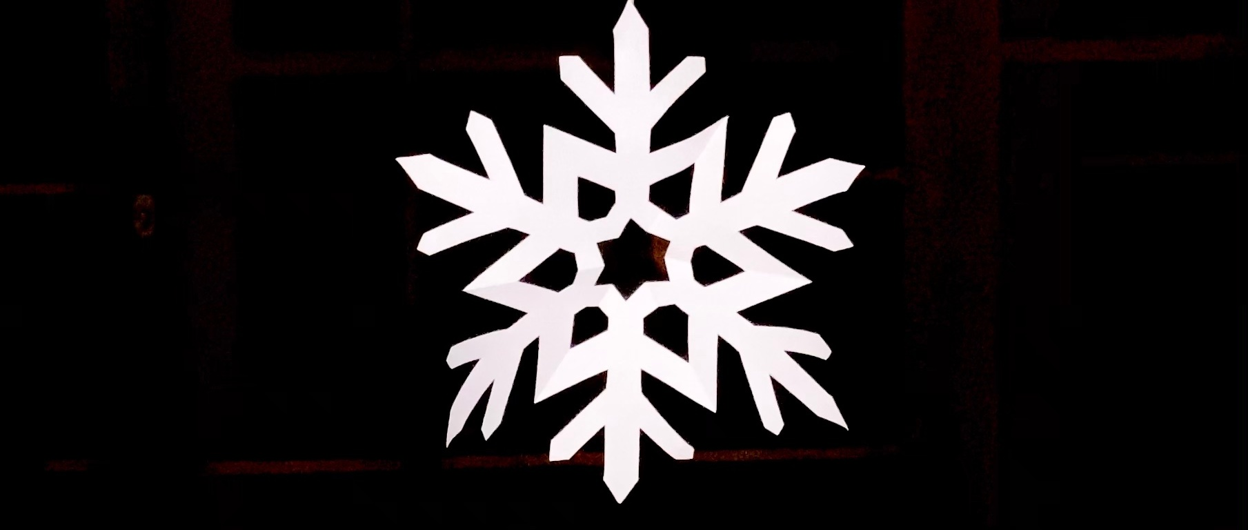 雪の結晶クリスマス工作